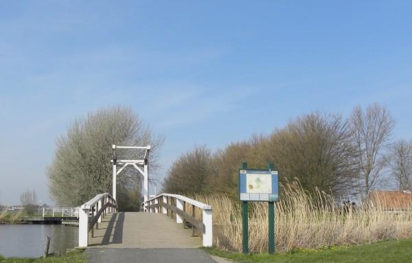 Bridge over the river Zweth